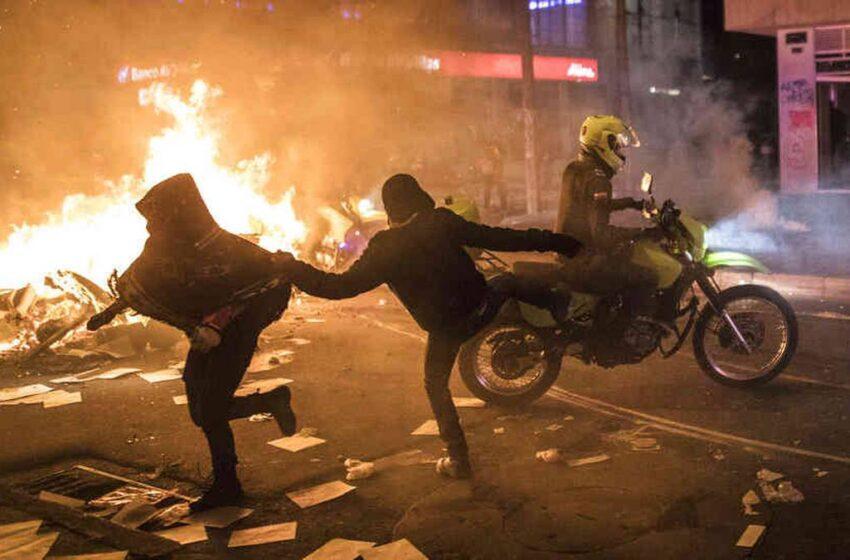 Van 799 personas heridas y una muerta en 34 días de protestas: Personería de Bogotá